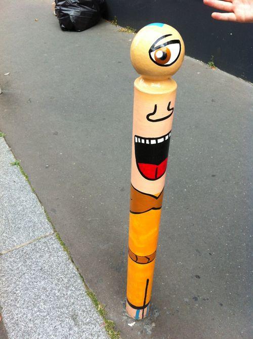 Poteau rue rene goscinny (1)