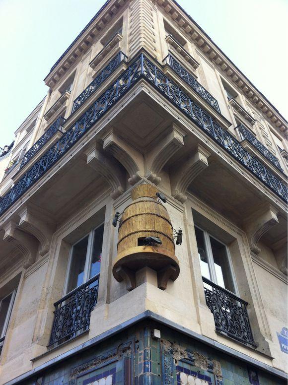 Paris, le miel, et les abeilles
